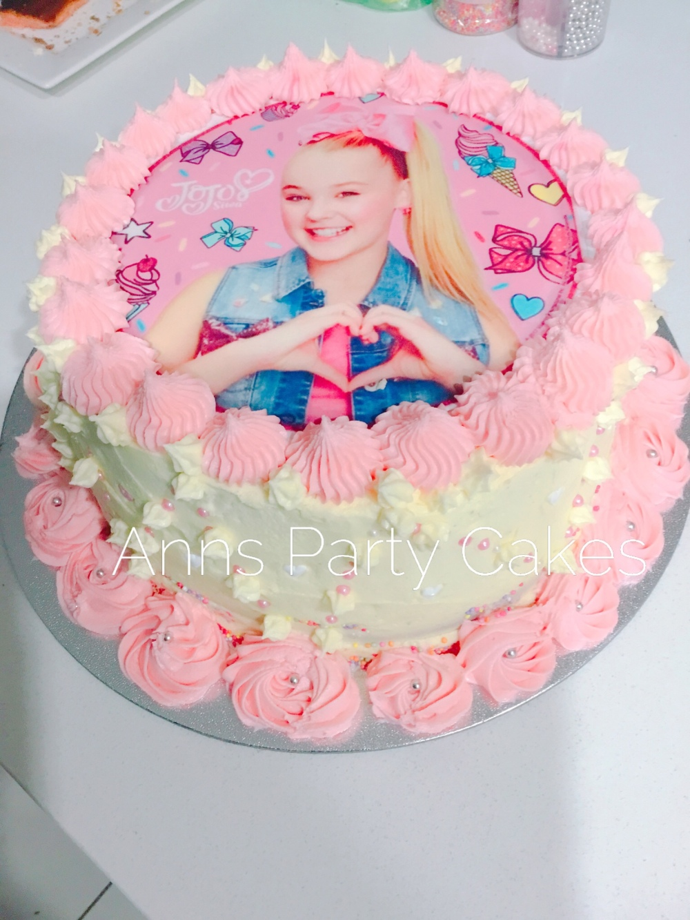 Jo Jo Siwa Cake Decoration Jojo Siwa Party Cake African Diaspora